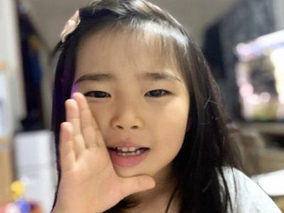 呼びかける5歳の娘