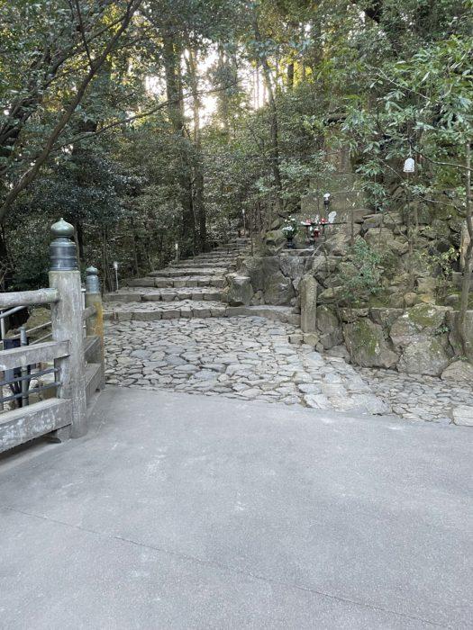 奥之院へ続く石段
