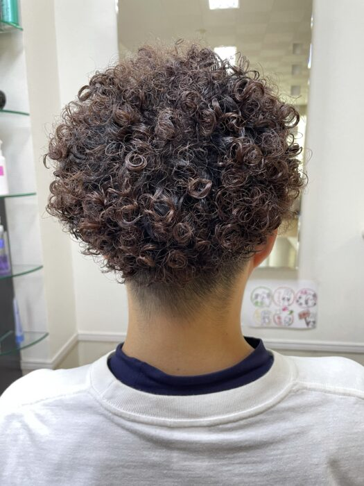 カット後の髪型!後ろから撮影