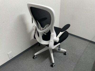 Hbadaのオフィスチェアの組み立てが完了