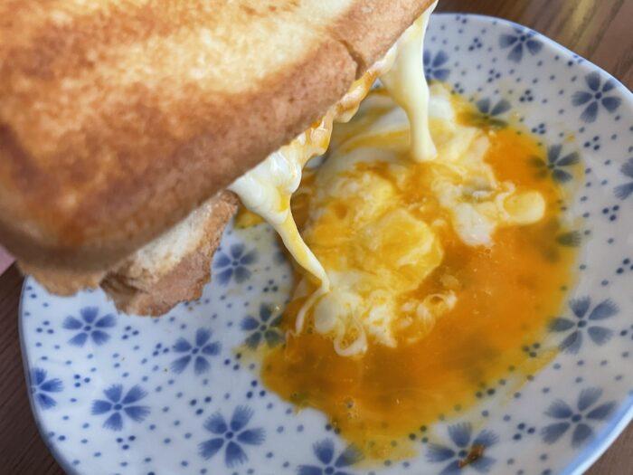 焼きが足らずに半熟卵に仕上がりました。