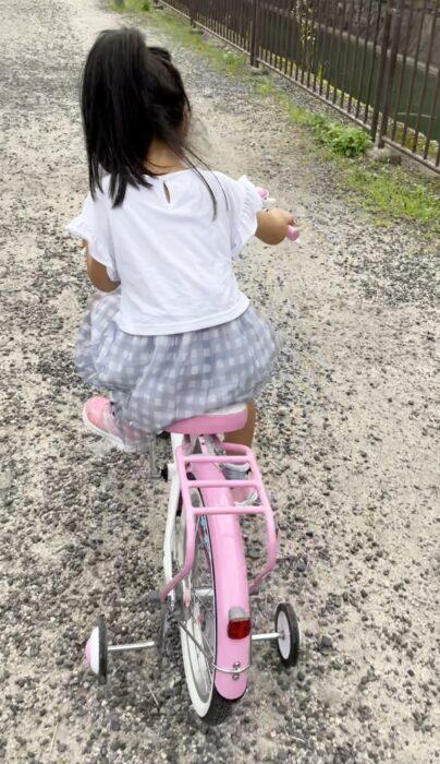 はじめての自転車は18インチ