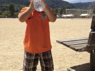 熱くならずに水でも飲んで落ち着いてゆっくり考えよう
